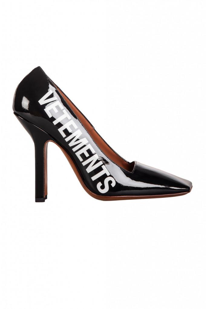Купить Туфли Vetements